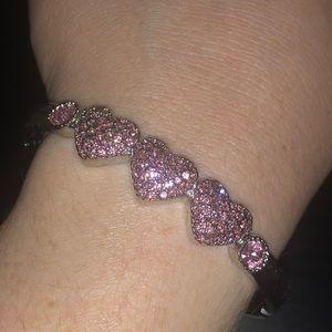Jewelry - Adorable heart bracelet